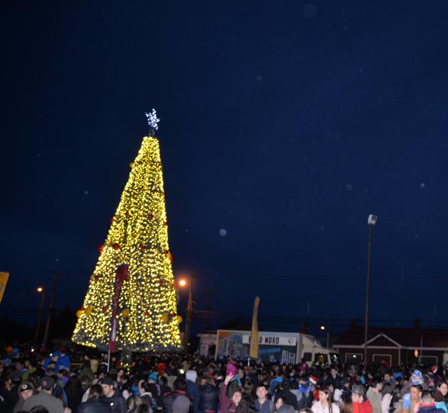 EDELMAG enciende la Navidad en Magallanes